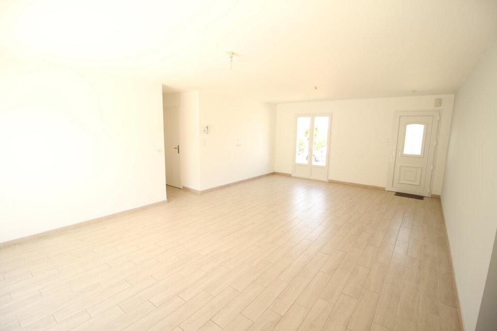 Maison à vendre 4 90m2 à Cravans vignette-3