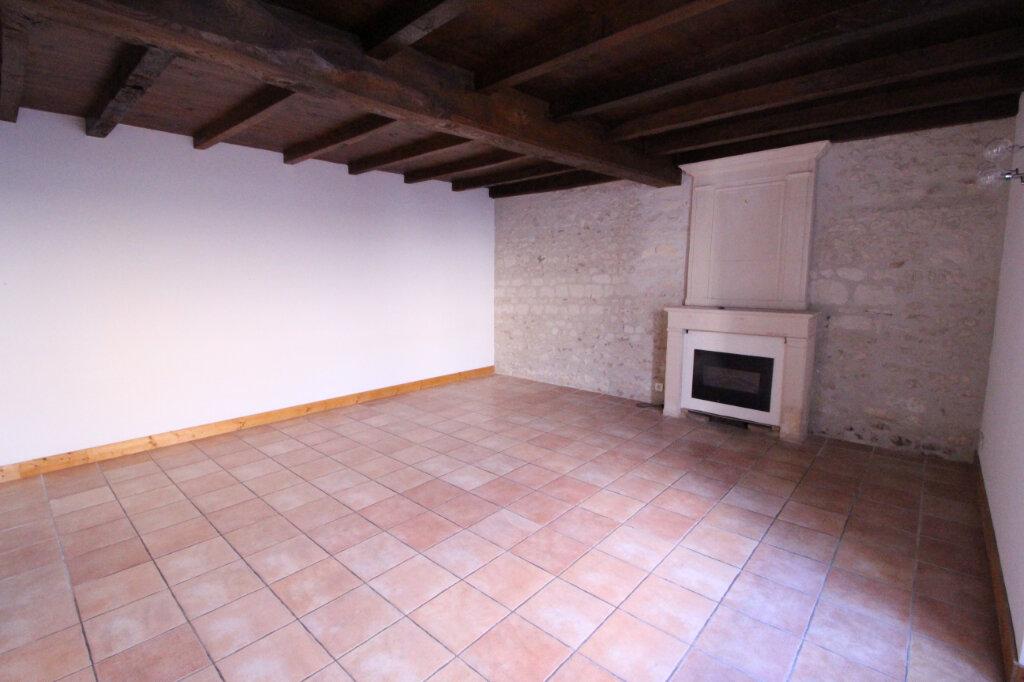 Maison à vendre 3 114m2 à Arces vignette-3
