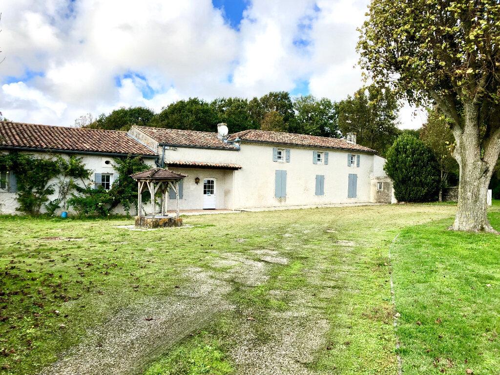 Maison à vendre 10 328m2 à Grézac vignette-1