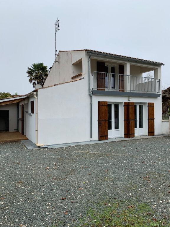 Maison à louer 3 87.31m2 à Meursac vignette-1