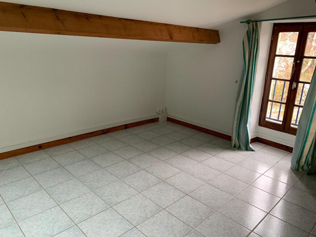 Maison à louer 3 87.31m2 à Meursac vignette-4