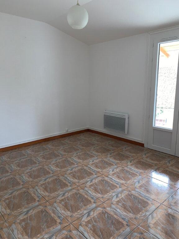 Maison à louer 3 87.31m2 à Meursac vignette-5