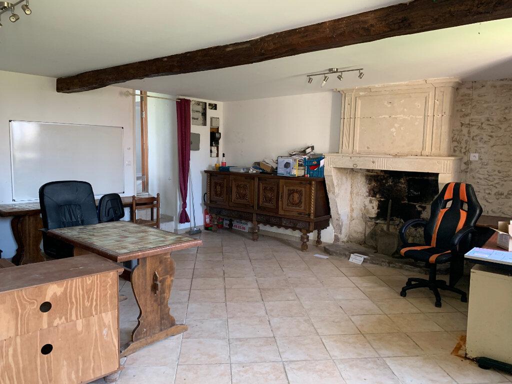 Maison à vendre 4 147m2 à Lorignac vignette-11