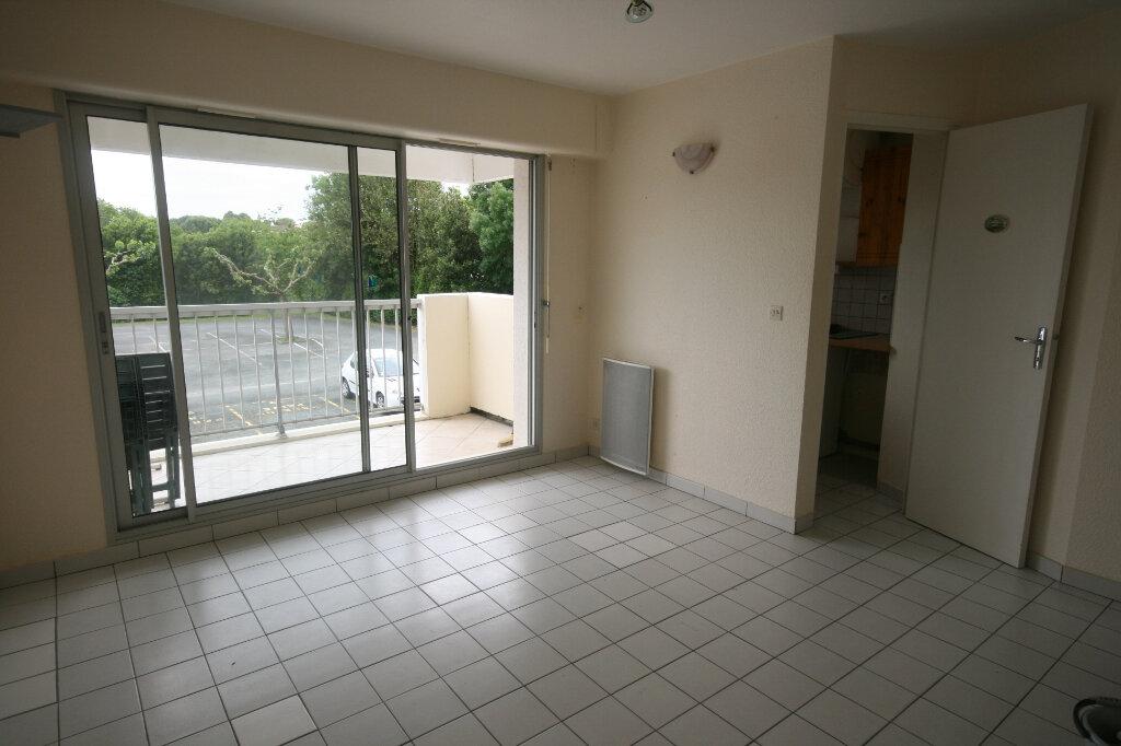 Appartement à louer 2 35.3m2 à Meschers-sur-Gironde vignette-1
