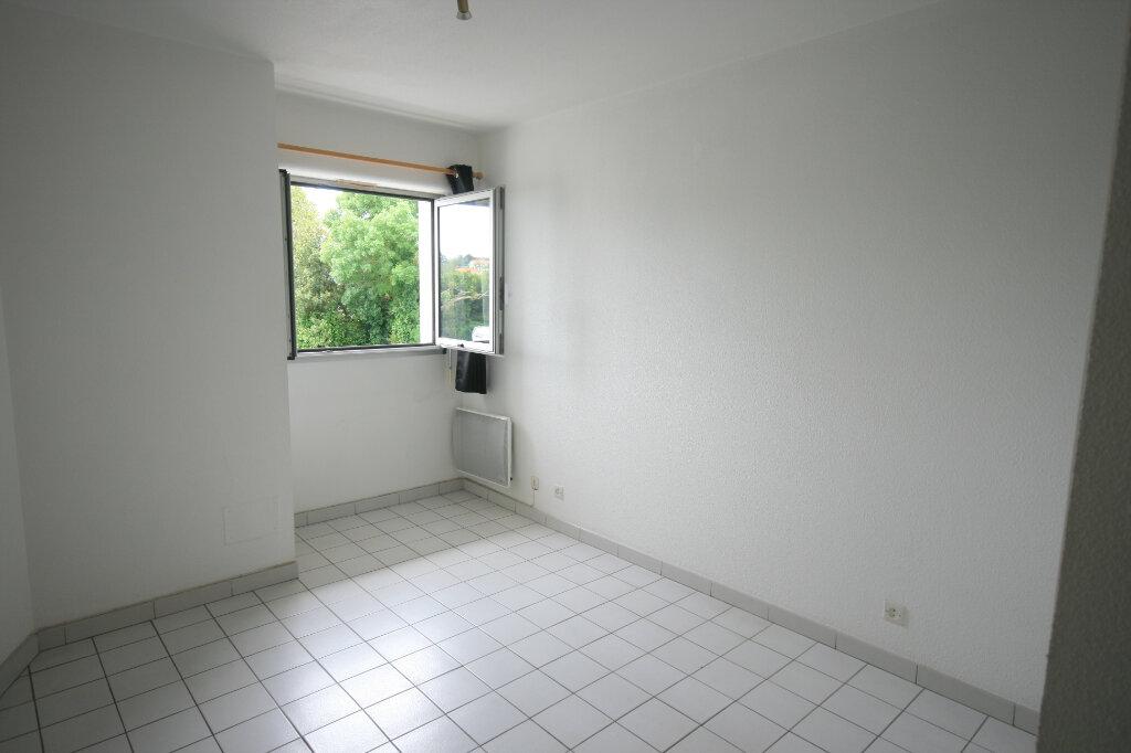 Appartement à louer 2 35.3m2 à Meschers-sur-Gironde vignette-2