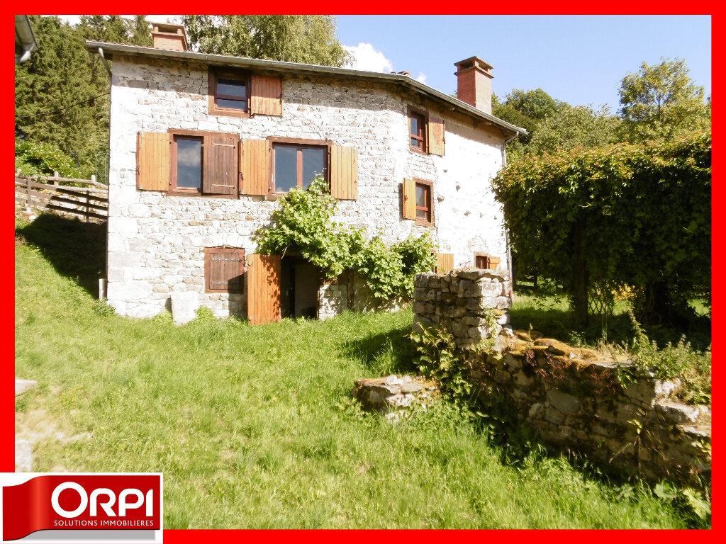 Maison à vendre 7 136.59m2 à Ambert vignette-1