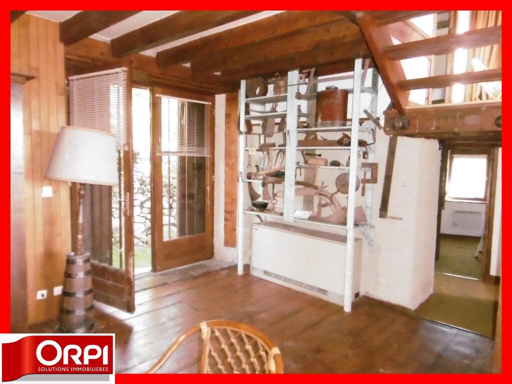 Maison à vendre 7 136.59m2 à Ambert vignette-11