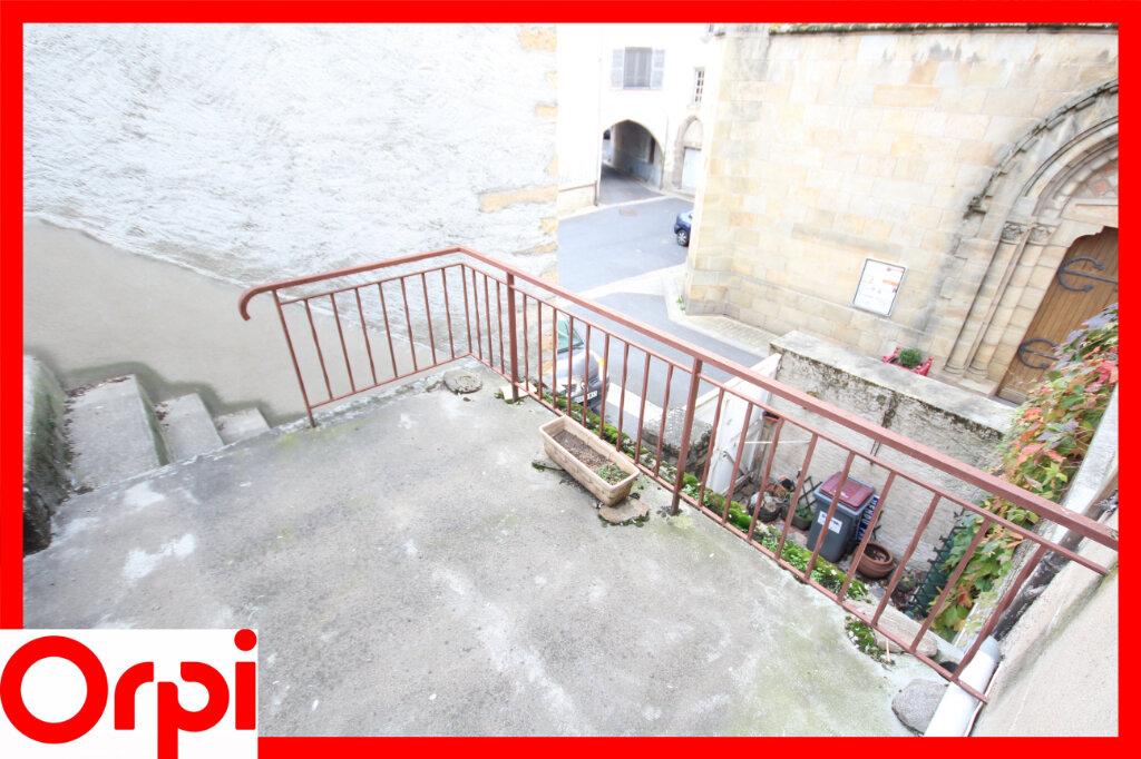 Maison à vendre 7 124.9m2 à Saint-Germain-Lembron vignette-3