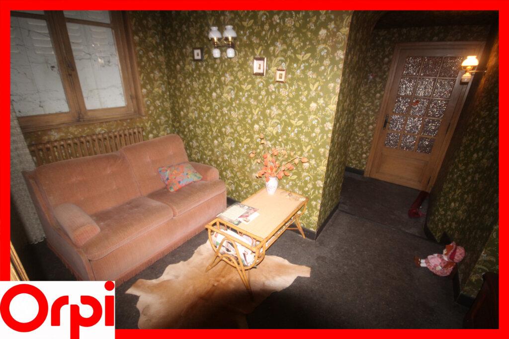 Maison à vendre 7 124.9m2 à Saint-Germain-Lembron vignette-7