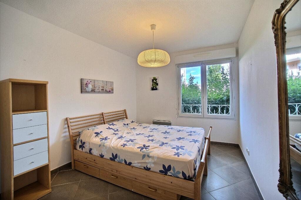 Appartement à vendre 3 63m2 à Antibes vignette-7