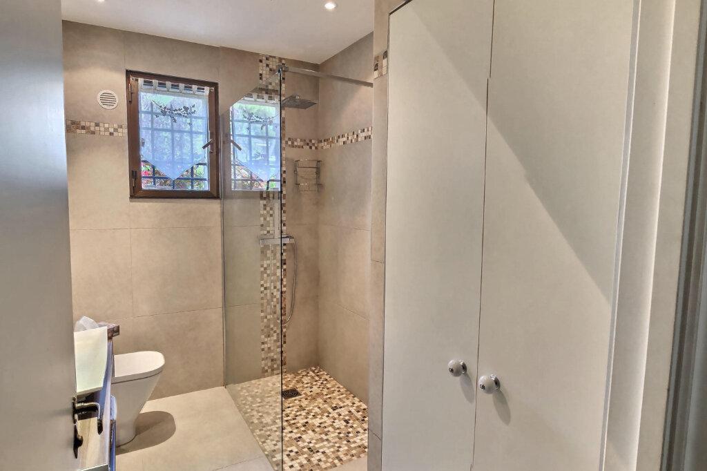 Appartement à vendre 3 81m2 à Villeneuve-Loubet vignette-6