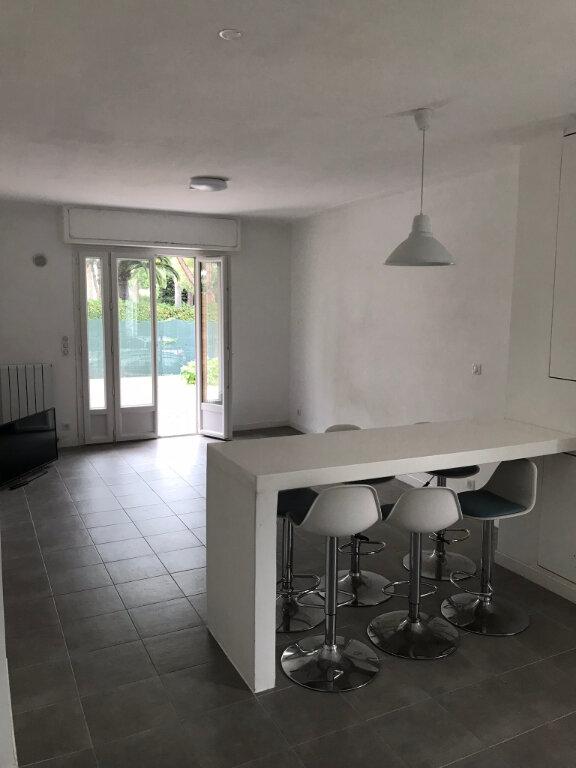 Appartement à vendre 3 65m2 à Golfe Juan - Vallauris vignette-3
