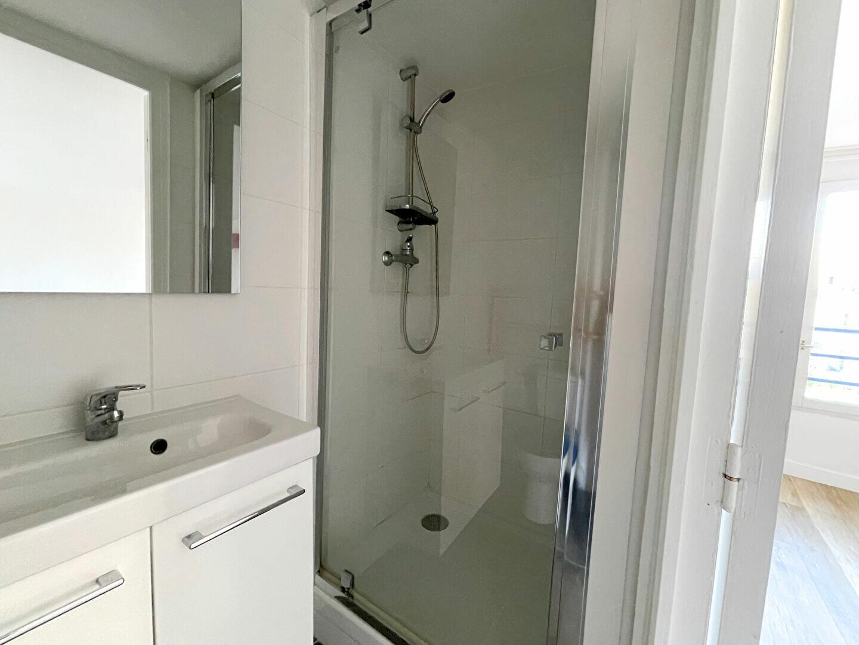 Appartement à louer 2 40m2 à Versailles vignette-4
