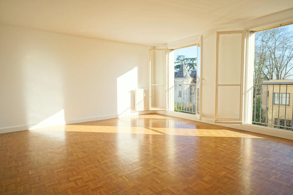 Appartement à vendre 2 55.27m2 à Versailles vignette-1