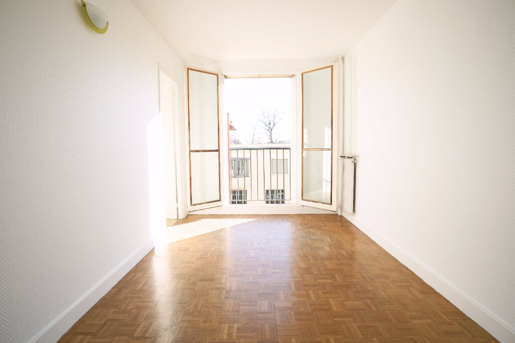 Appartement à vendre 2 55.27m2 à Versailles vignette-4