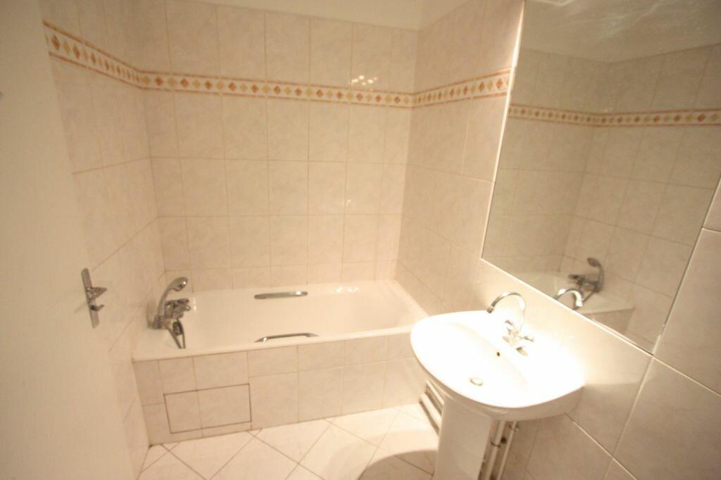 Appartement à louer 1 28m2 à Antony vignette-5
