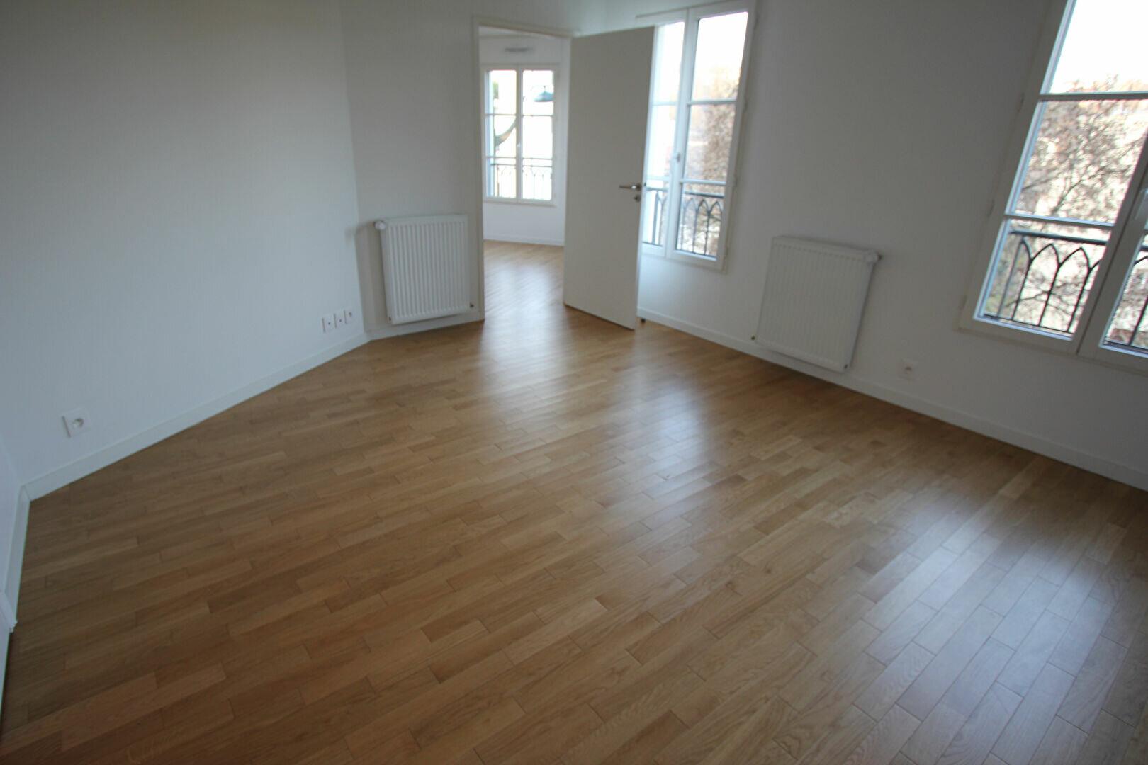 Appartement à louer 2 48m2 à Le Plessis-Robinson vignette-4
