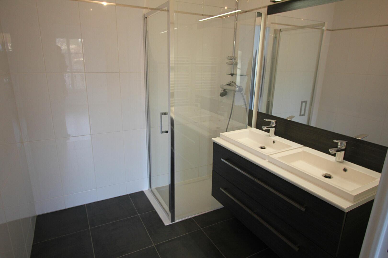 Appartement à louer 2 48m2 à Le Plessis-Robinson vignette-7