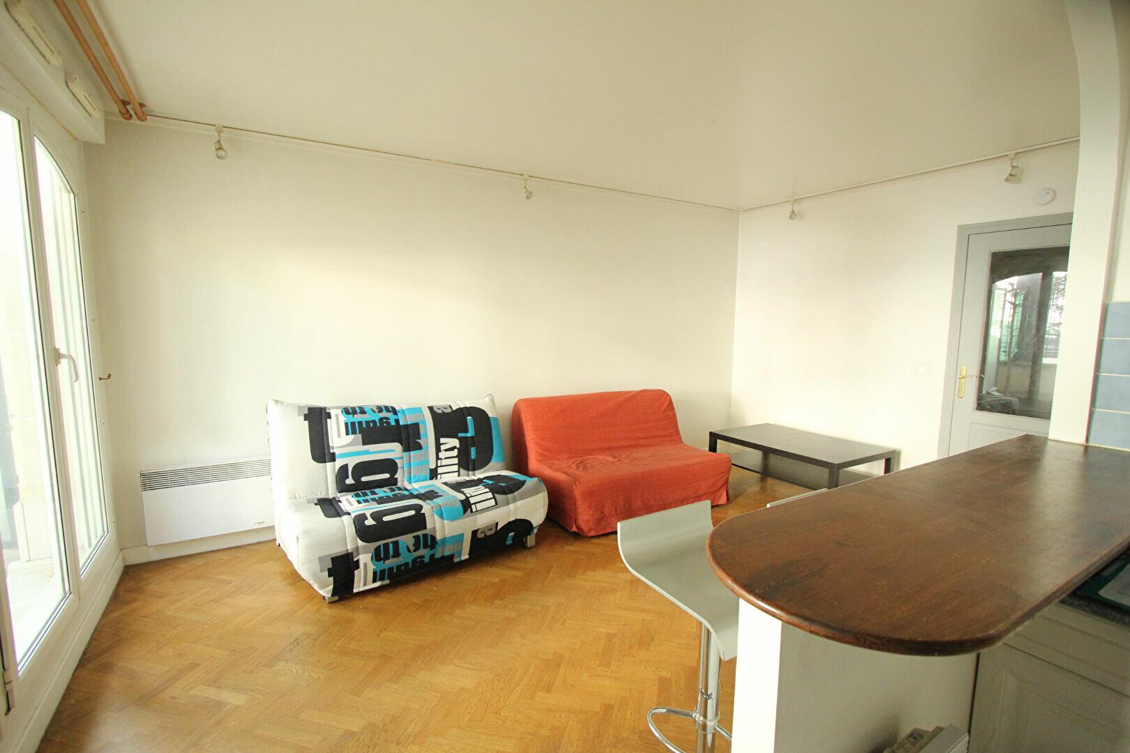 Appartement à louer 1 35m2 à Le Plessis-Robinson vignette-1