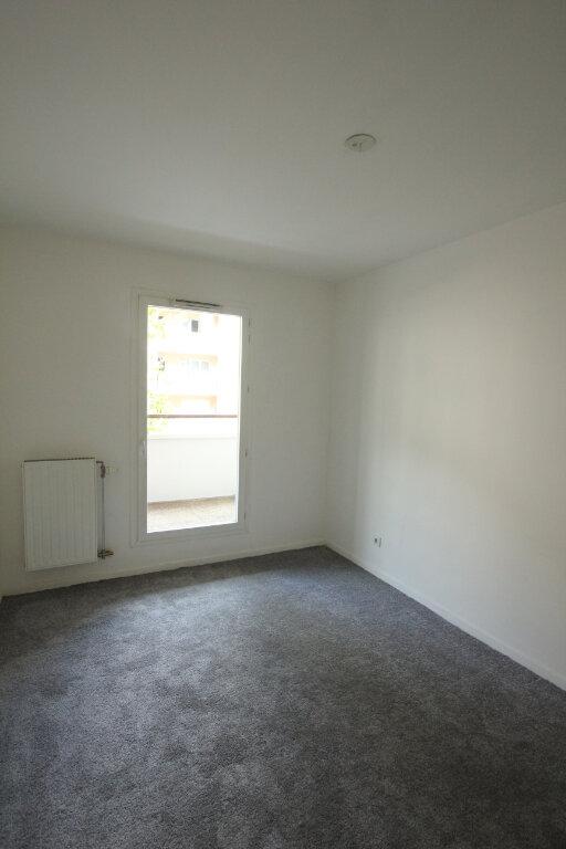 Appartement à louer 3 57.8m2 à Cachan vignette-6