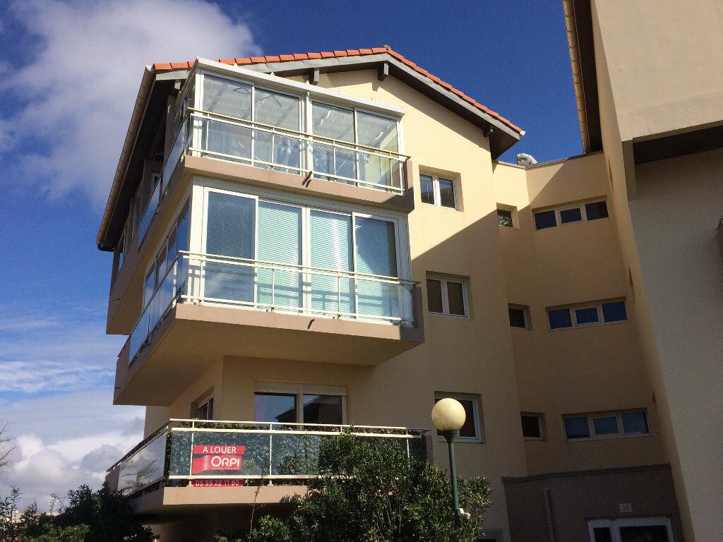 Appartement à louer 2 49.22m2 à Biarritz vignette-1