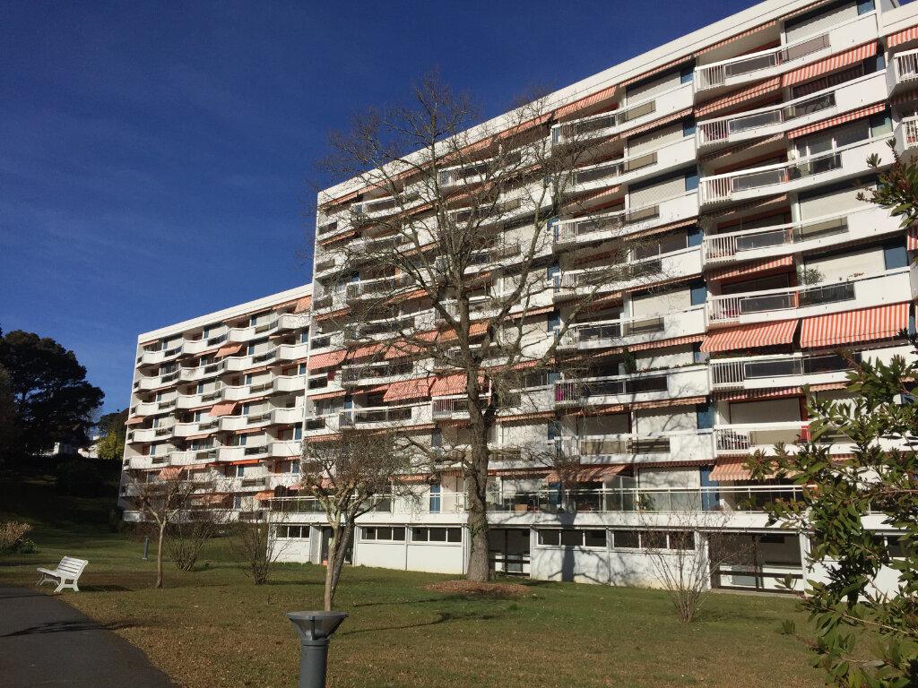 Appartement à louer 1 33m2 à Anglet vignette-1