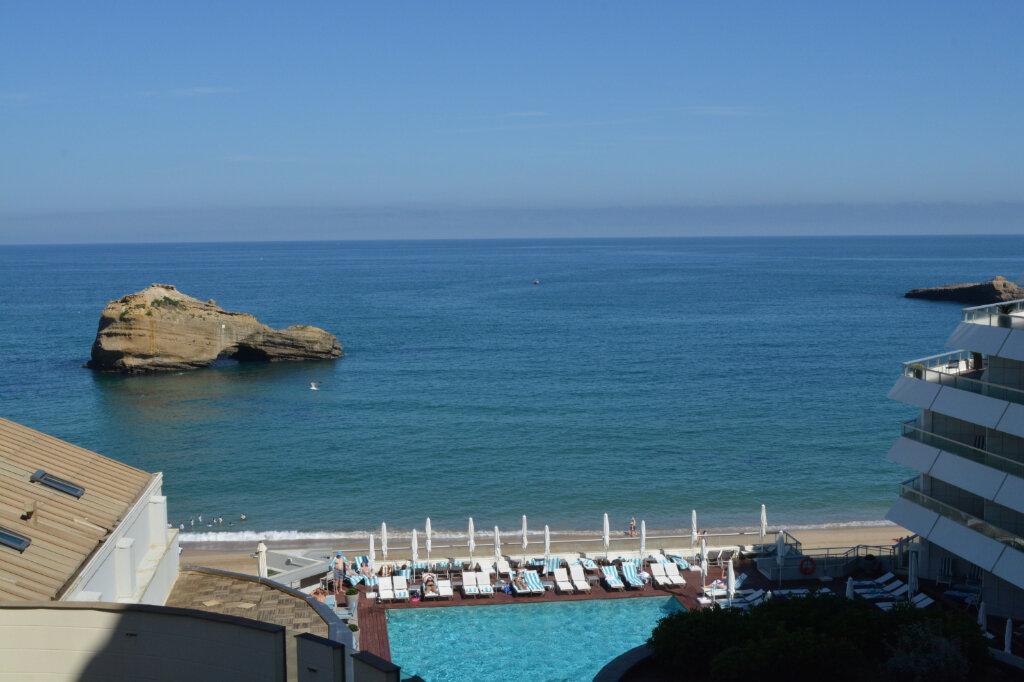 Appartement à vendre 2 28m2 à Biarritz vignette-1