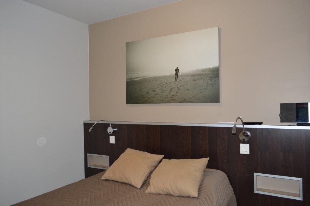 Appartement à vendre 2 28m2 à Biarritz vignette-3