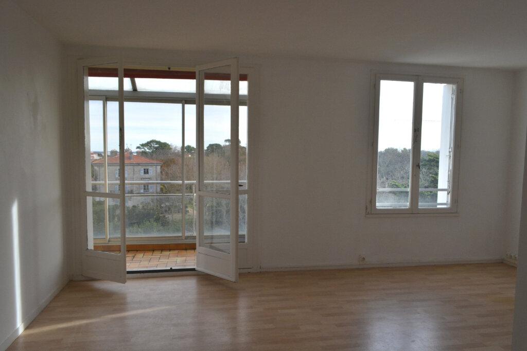 Appartement à vendre 4 83m2 à Biarritz vignette-3