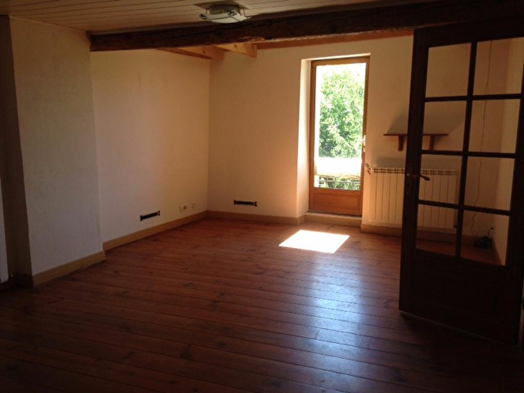 Maison à louer 8 244.4m2 à Brugairolles vignette-5