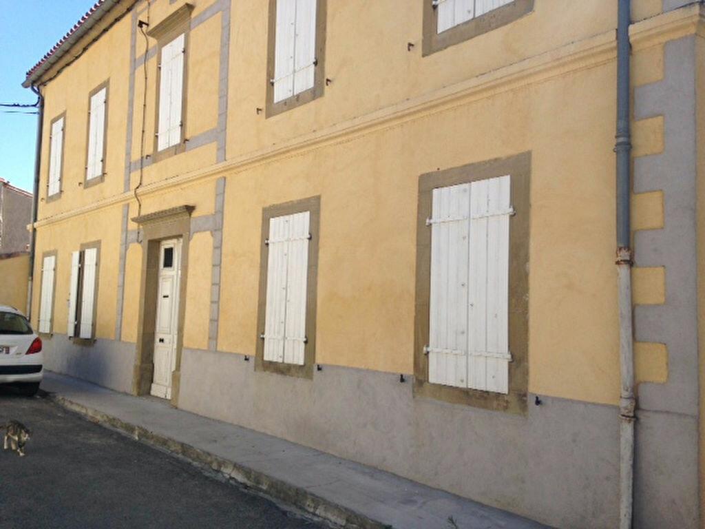 Maison à louer 8 244.4m2 à Brugairolles vignette-15