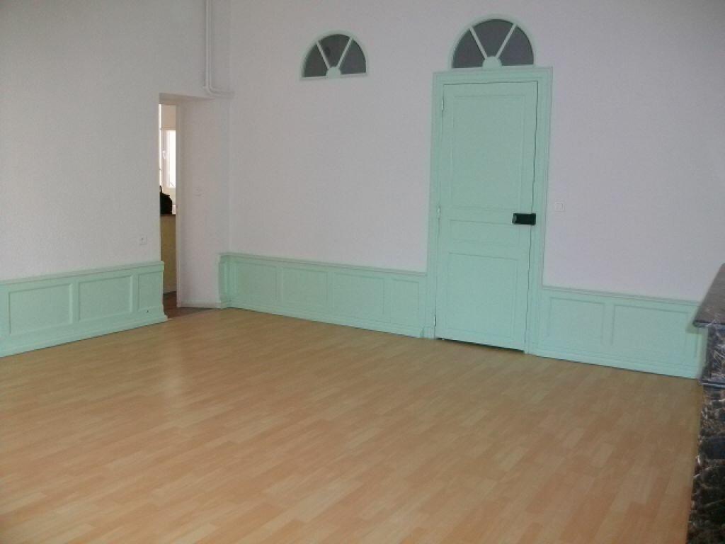 Appartement à louer 1 50m2 à Limoux vignette-1