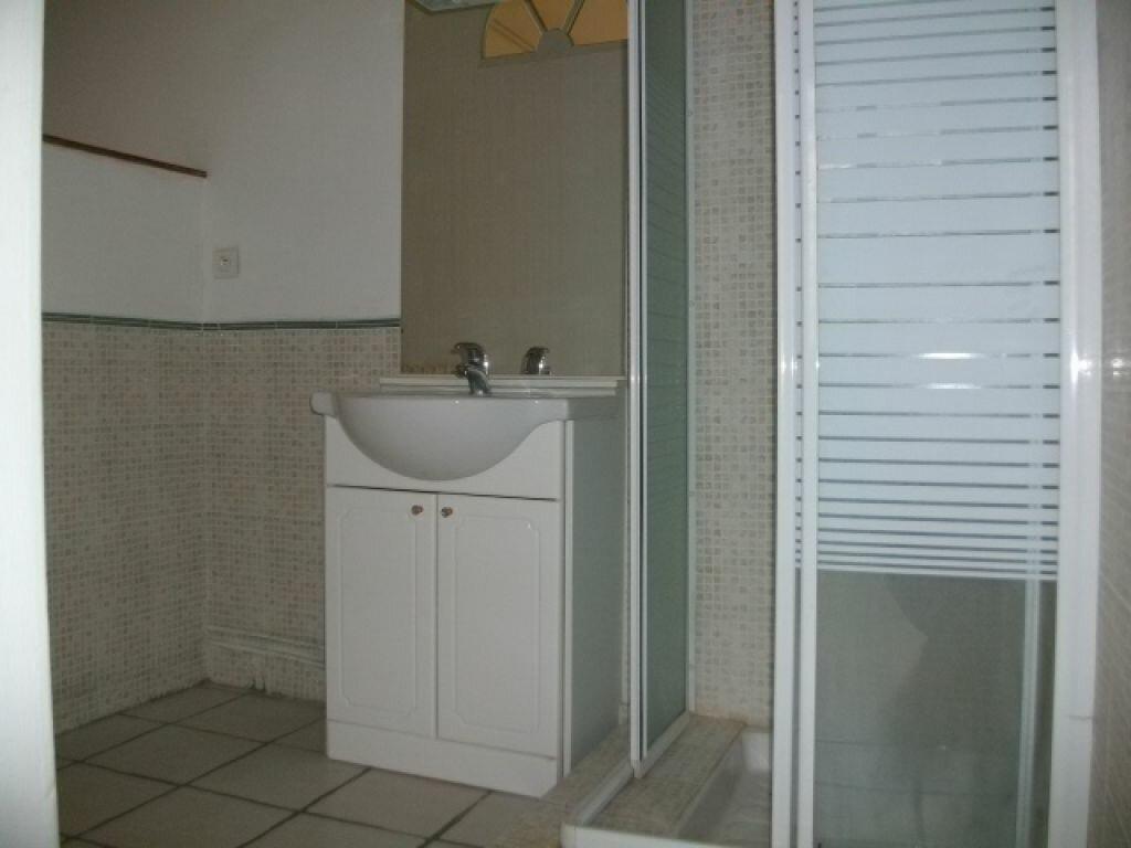 Appartement à louer 1 50m2 à Limoux vignette-2