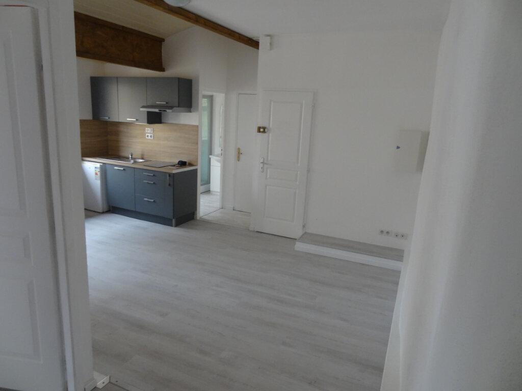 Appartement à louer 2 40.54m2 à Limoux vignette-1