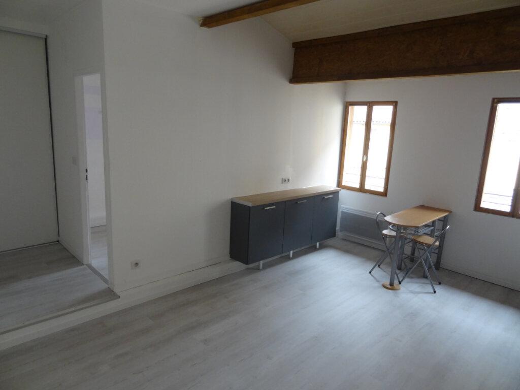Appartement à louer 2 40.54m2 à Limoux vignette-2