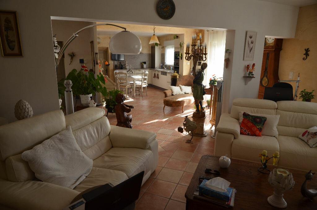 Maison à vendre 4 129m2 à Limoux vignette-3