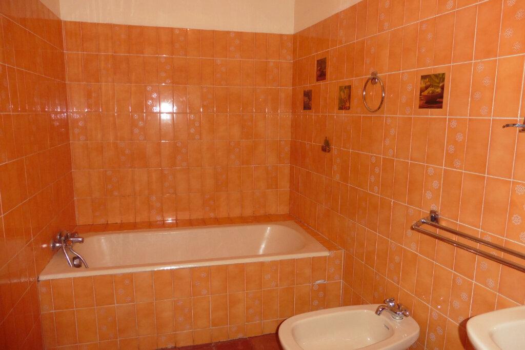 Maison à vendre 5 134m2 à Malras vignette-4
