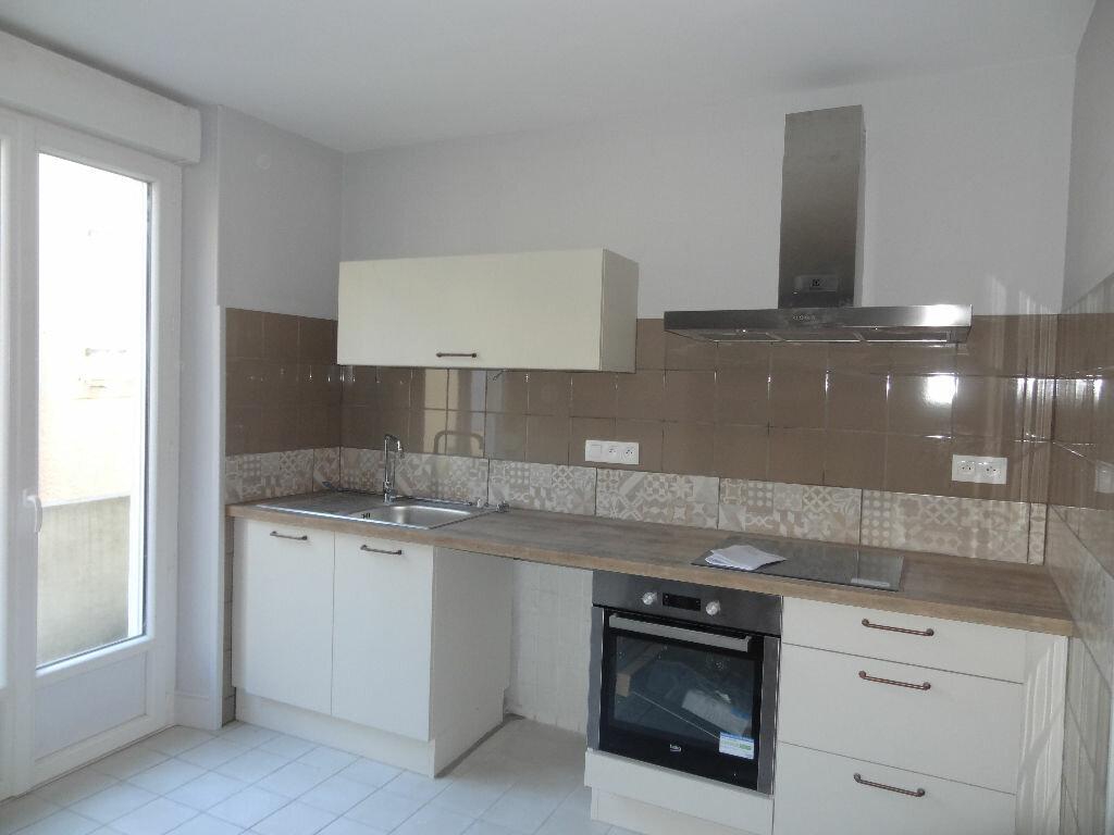 Appartement à louer 3 0m2 à Limoux vignette-1