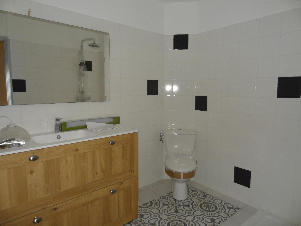 Appartement à louer 3 0m2 à Limoux vignette-5