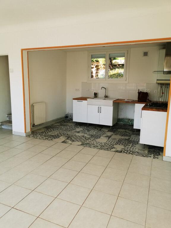 Maison à louer 4 70m2 à Limoux vignette-2