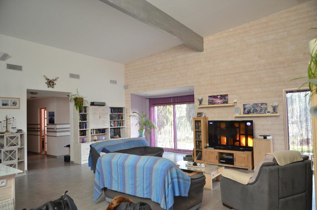 Maison à vendre 4 156m2 à Limoux vignette-2