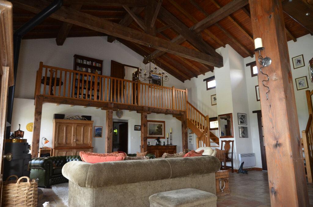 Maison à vendre 6 160m2 à Monthaut vignette-4