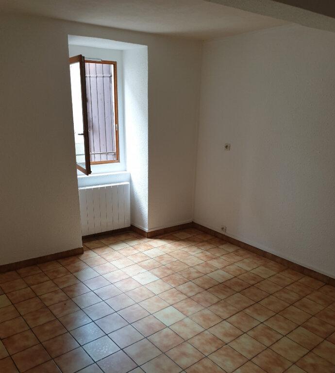 Appartement à louer 2 30m2 à Laure-Minervois vignette-2