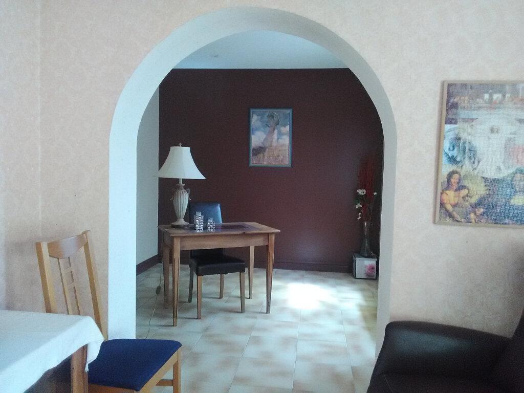 Maison à vendre 4 106.91m2 à La Digne-d'Amont vignette-6