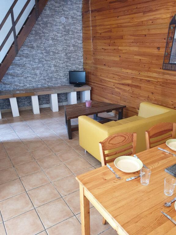 Maison à louer 3 57m2 à Lauraguel vignette-1
