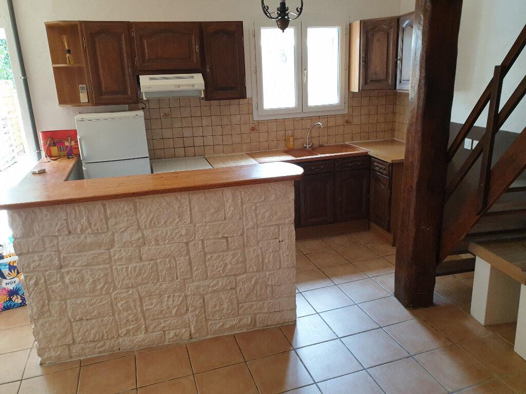 Maison à louer 3 57m2 à Lauraguel vignette-3