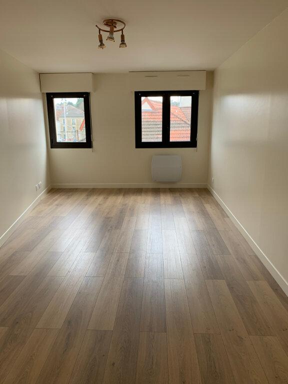 Appartement à louer 2 44.54m2 à Lagny-sur-Marne vignette-3