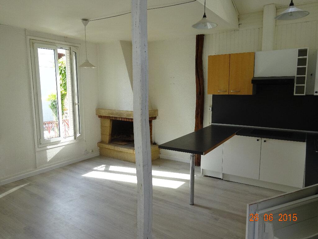 Appartement à louer 4 47.84m2 à Dampmart vignette-2