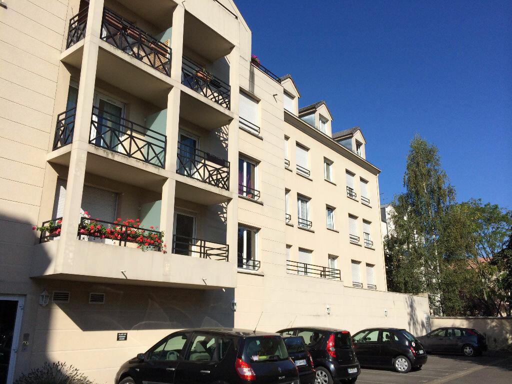 Appartement à louer 2 48.13m2 à Lagny-sur-Marne vignette-1