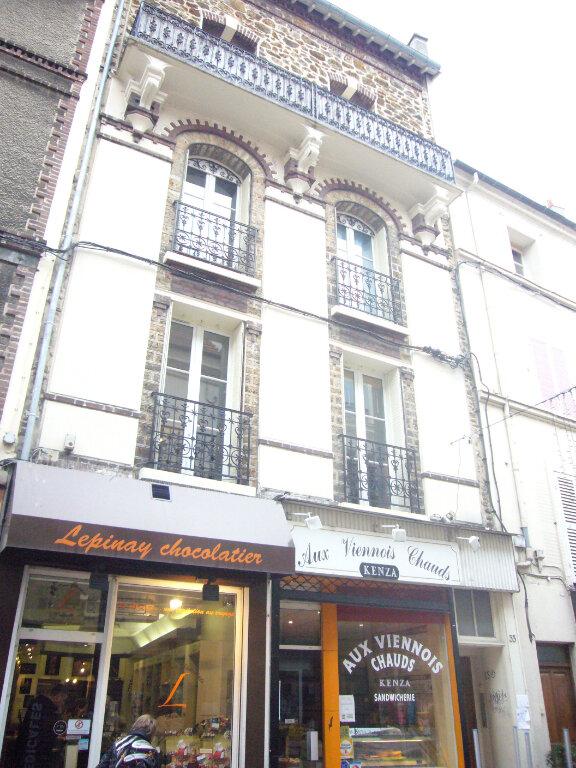 Appartement à louer 3 60.79m2 à Lagny-sur-Marne vignette-1